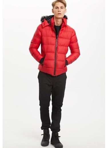 DeFacto Kapüşonlu Şişme Mont Kırmızı
